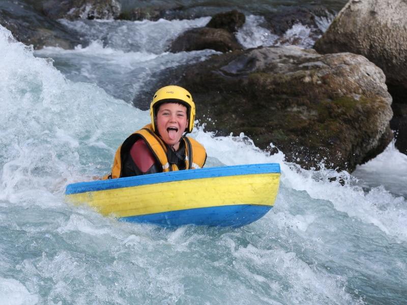 enfant Nage en eau vive Kid, parcours adapté pour les enfants